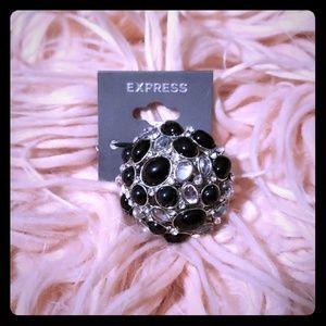 Express Ring